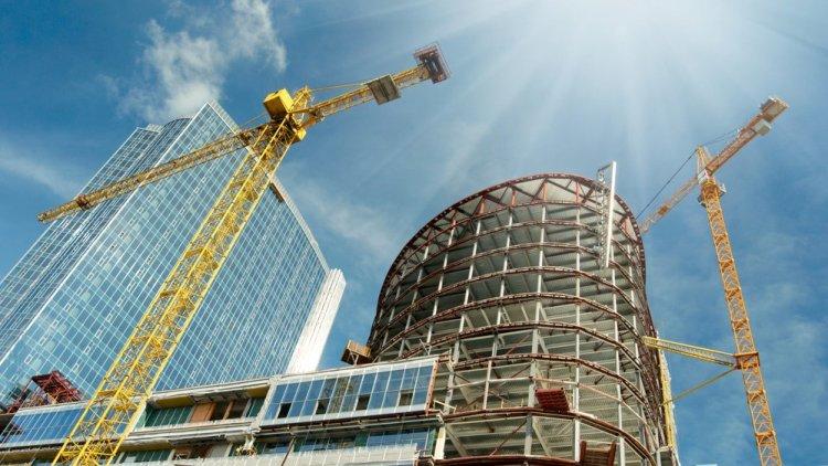 בניין משרדים בתהליכי בנייה - התמונה להמחשה בלבד (שאטרסטוק)