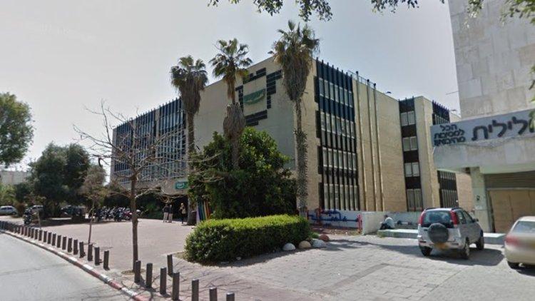 חלק מהמתחם המדובר ברחוב הרצל 160-156 בתל אביב (Google Street View)