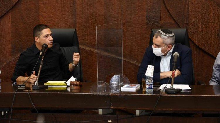 שר הבינוי והשיכון, זאב אלקין, וראש העיר באר שבע, רוביק דנילוביץ' (דיאגו מיטלברג)