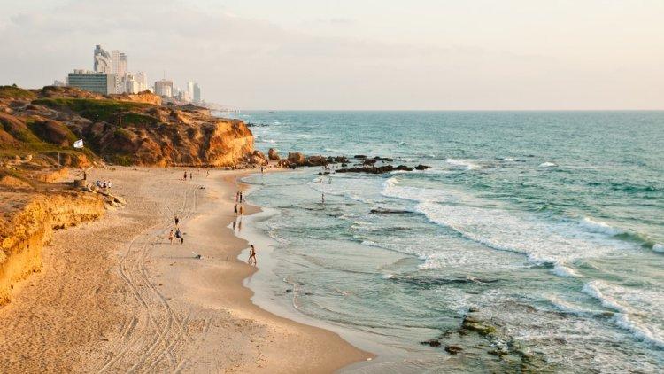 חוף הים באזור השרון - התמונה להמחשה בלבד (שאטרסטוק)